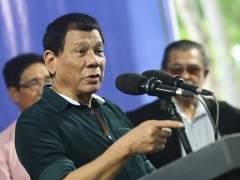 """El presidente filipino: """"Iré a la cárcel por ustedes si violan a tres mujeres"""""""