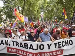 """Miles de personas exigen """"paz, trabajo, techo e igualdad"""""""