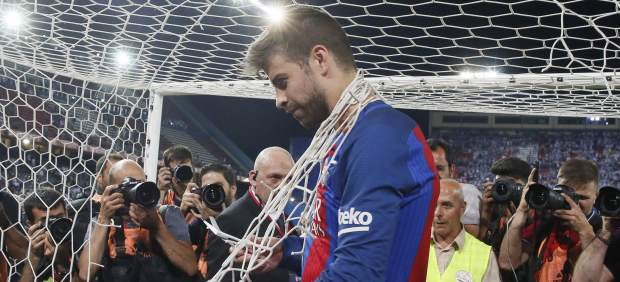 Gerard Piqué renueva con el Barça hasta 2022