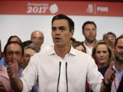 Sánchez pactará este lunes con Fernández el voto del PSOE en la moción