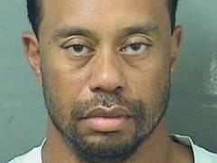 """Tiger Woods dice que recibe """"ayuda profesional"""" para manejar su medicación"""