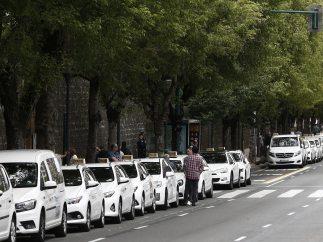 Concentración de taxis en Pamplona