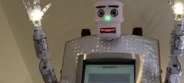 Robot sacerdote