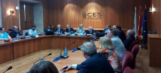 Reunión en el CES para una alianza por el desarrollo de la industria gallega
