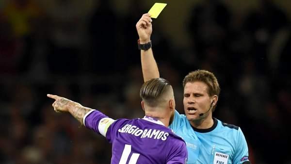 Tarjeta amarilla para Ramos