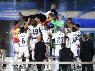 El Real Madrid celebra la Duodécima