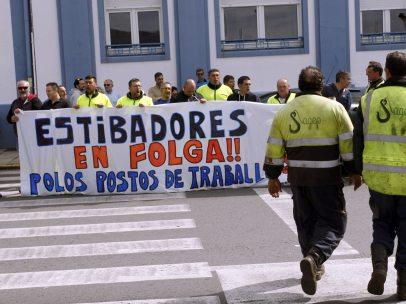 Estibadores en huelga