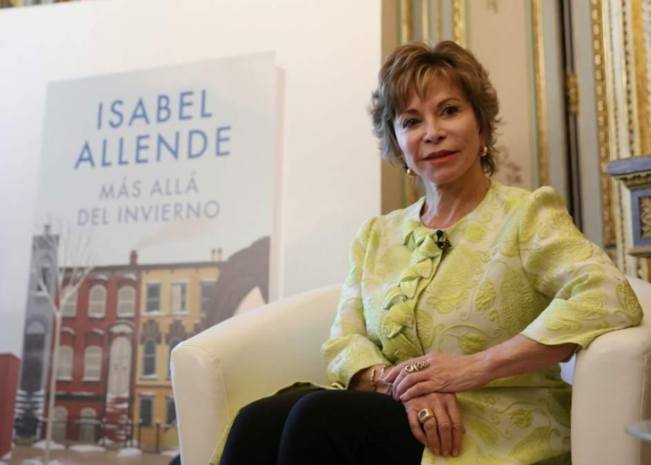 """Isabel Allende cree que Donald Trump """"no sabe leer"""""""