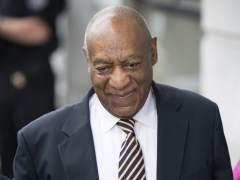 Una testigo defiende a Bill Cosby y niega las acusaciones de abusos