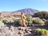 Una atleta en el Parque Nacional del Teide