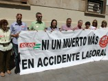 Los sindicatos protestan por la última muerte en accidente laboral en Almería