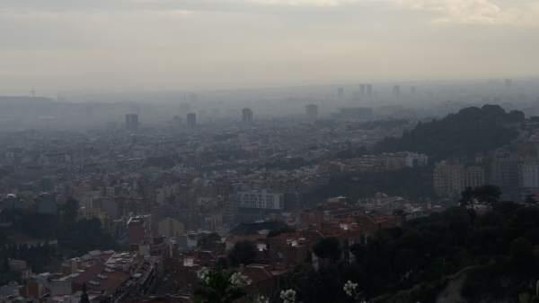 Imagen de contaminación en Barcelona.