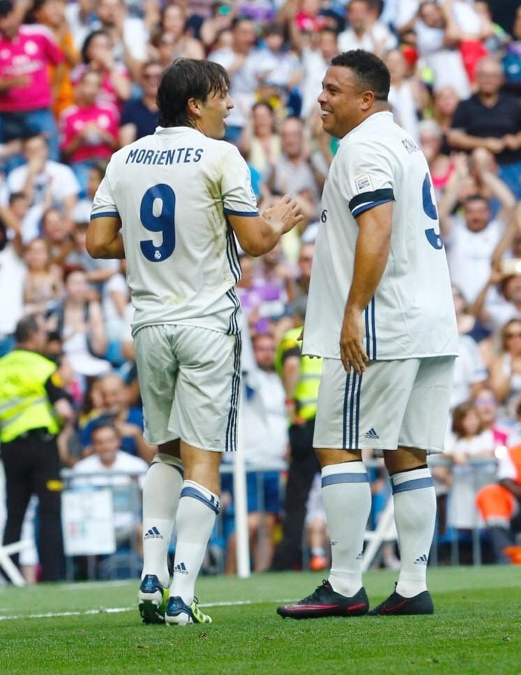 Ronaldo volvi a lucir su magia con la camiseta del madrid - Tarimas del mundo madrid ...