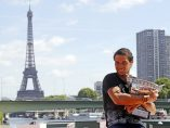 Nadal posa con 'la Décima' en París