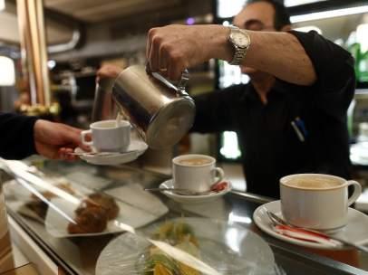 Trabajador, Trabajando, Camarero, Bar, Autónomo, Consumo, Cafetería, Café