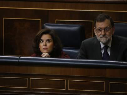 Soraya Sáenz de Santamaría y Mariano Rajoy en el Congreso.