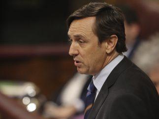 Hernando interviene durante la moción a Rajoy