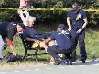 El congresista herido en el tiroteo de Virginia abandona la UCI
