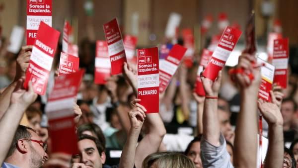 Votación en el congreso del PSOE