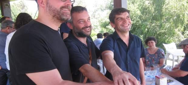 Martiño Noriega, Xulio Ferreiro y Jorge Suárez en Santiago