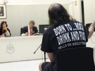 Pospuesto el juicio a un exmilitar gallego acusado de vender camisetas de Estado Islámico
