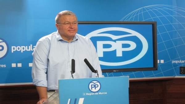 Francisco Bernabé, En La Rueda De Prensa