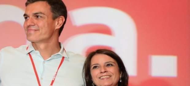 Pedro Sánchez y Adriana Lastra