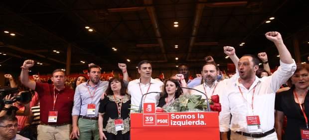 Sánchez con Lastra, Narbona, Ábalos, Puente y más miembros de la Ejecutiva del P