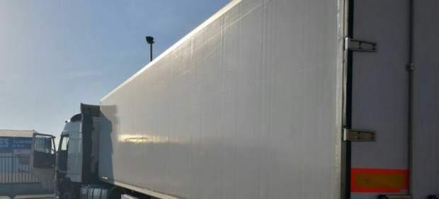 Camión (imagen de archivo)