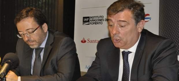 David Romeral y Eduardo Sanz, del Clúster de Automoción de Aragón.