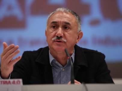 El secretario general de UGT, Pepe Álvarez, interviene en una jornada