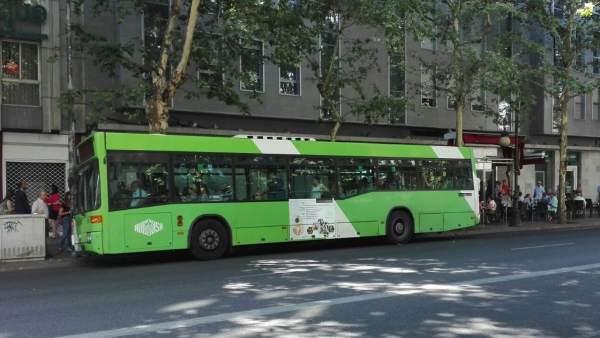 Un autobús de Aucorsa