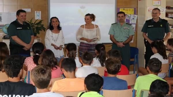 Charla del Plan Director en un colegio de Mazagón.