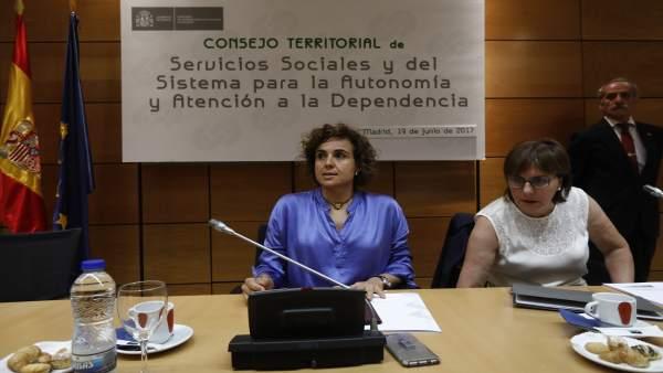 Dolors Montserrat preside el Consejo Territorial de Servicios Sociales