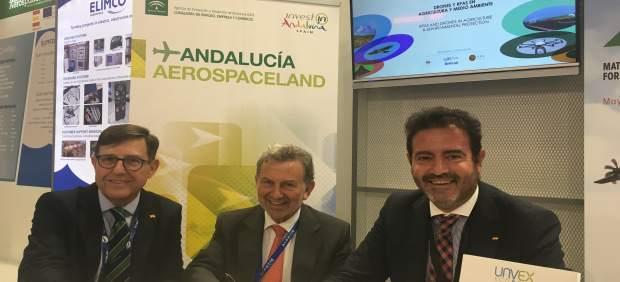 Firma del convenio entre Fada-Catec, IDEA, IDS y Fibes