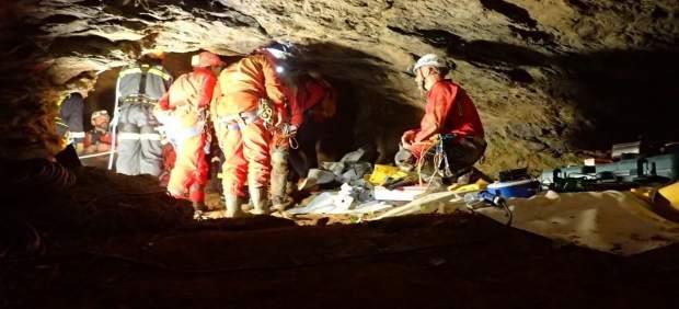 Rescate en la Cueva de Galdames