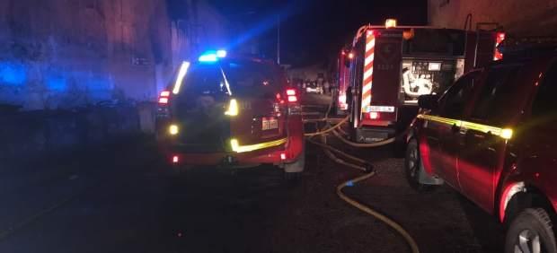 Un incendio destruye un almacén en Novillas (Zaragoza)