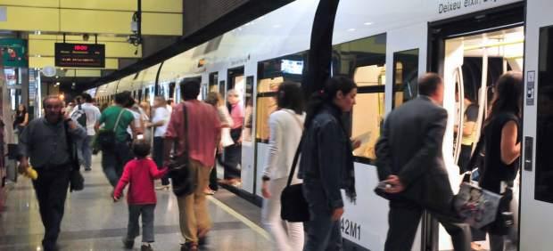 Metrovalencia oferirà este dimarts servicis mínims del 70% en les parades parcials convocades en el tramvia