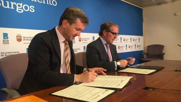 Javier Lacalle y Javier Vega (de izquierda a derecha).