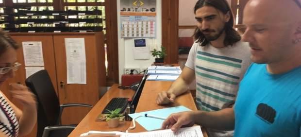 Disc jockeys de Mojácar presentan un escrito en el Ayuntamiento