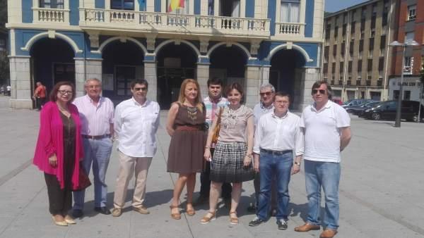 Representantes del PP, en Laviana