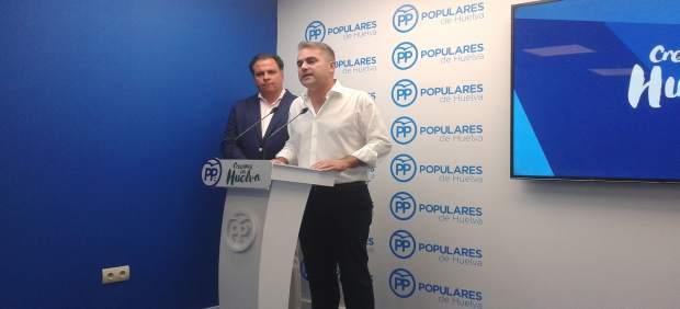 El portavoz del PP en Bollullos, Adrián Moreno.