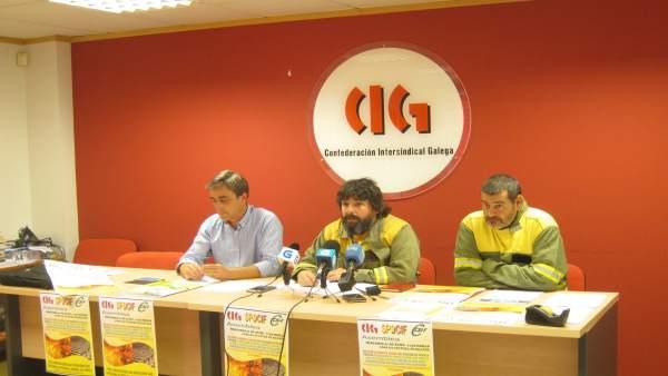 Rueda de prensa de CIG y CSIF sobre bomberos forestales
