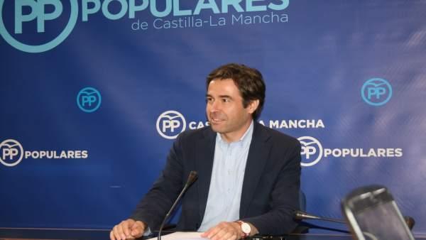 Gpp Clm (Cortes De Voz Y Fotografía) Lorenzo Robisco En Rueda De Prensa, 200617