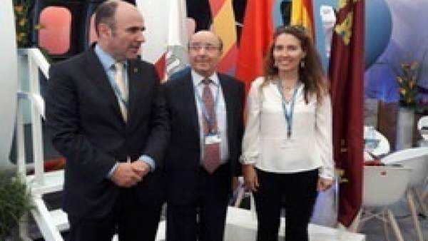 Manu Ayerdi, Manuel Torres y Yolanda Blanco.