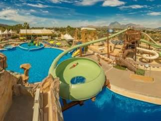La cadena hotelera Magic Costa Blanca fusiona Excalibur y el centro La Marina