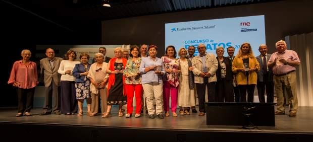 Una sevillana finalista del concurso de relatos escritos por personas mayores 2017 de obra - Pisos de obra social la caixa ...