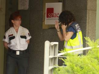 Prisión bajo fianza de 100.000 euros a 3 de los detenidos por estafa en la SGAE
