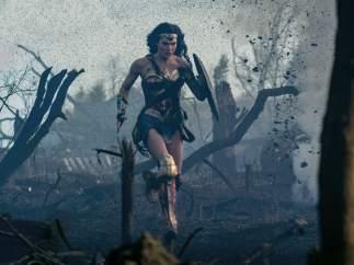 Crítica de 'Wonder Woman': La Mujer Maravilla le da un impulso al universo cinematográfico DC