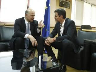 Sánchez confirma a Moscovici que el PSOE se abstendrá en la ratificación del CETA